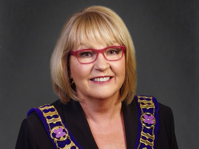 Mayor Ann Seamans